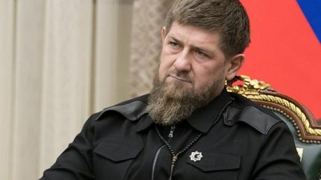 """Источник сообщил о состоянии Кадырова в Москве: """"Доставили в серьезном состоянии"""""""