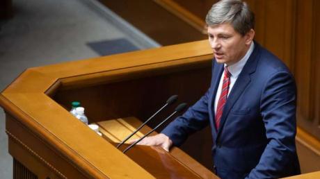 """""""Когда предшественники """"крали"""", казна была полной"""", - Герасимов указал на """"неспособность Зеленского управлять страной"""""""