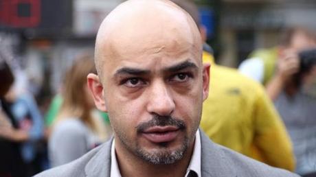 После драки состояние здоровья Мустафы Найема ухудшилось: брат политика сообщил тревожные новости - кадры
