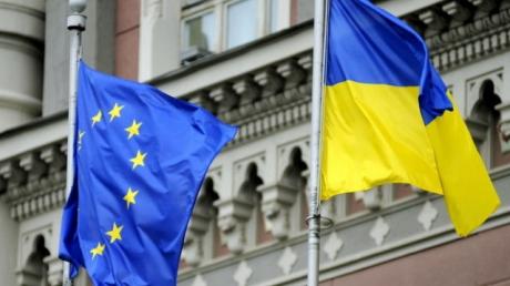 Безвиз набирает обороты: около 3 тысяч граждан Украины успешно пересекли границу с Евросоюзом по биометрическим паспортам - ГПСУ