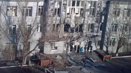 В Авдеевке с утра обстрелян коксохимический завод