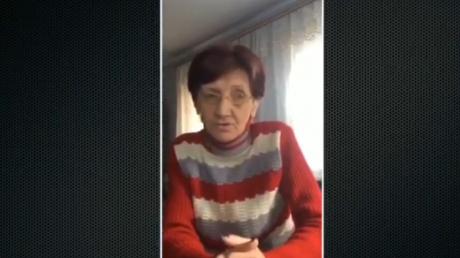 """Матери, жены и дети украинских солдат, плененных боевиками, просят срочной встречи с Зеленским: """"Нам надоело на это смотреть"""""""