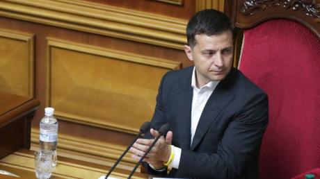 Зеленский отозвал постановление о местных выборах в Украине: стали известны причины