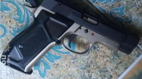 Во Львове глава семейства выстрелил в себя и сына, в полиции рассказали детали
