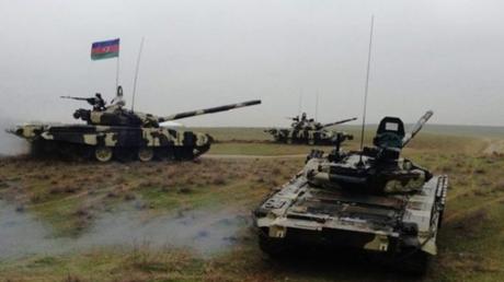 Армия Армении отступает под ударами артиллерии Азербайджана: на агдеренском направлении прошел сильный контрудар