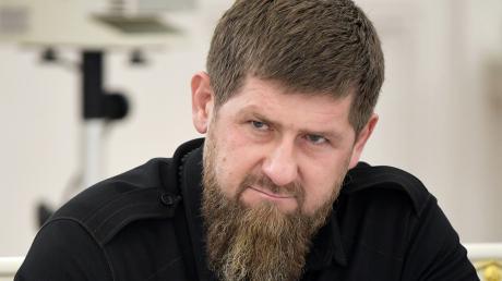 """Кадыров обратился к Украине из-за помощи Грузии: """"Придет время, счет предъявим. Запомните это"""""""