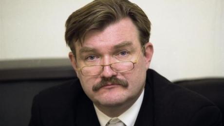 """Журналист Евгений Киселев заявил об уходе в прямом эфире: на """"Интере"""" мне не дают работать так, как я хочу"""