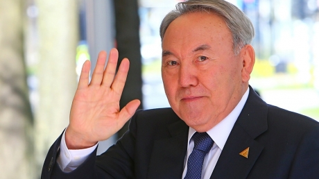 казахтан, назарбаев, россия, латиница, скандал