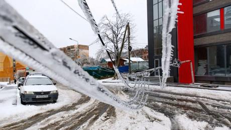 """""""Ледяной апокалипсис"""" во Владивостоке: Приморье 4-е сутки без света и отопления, люди просят помощи"""