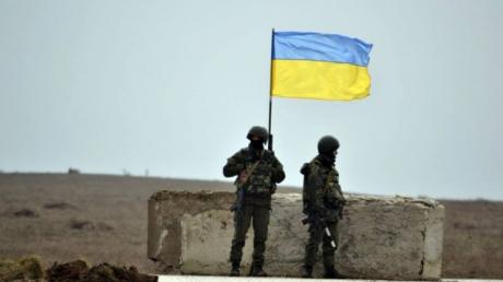 На Луганщине гражданское население резко против отвода украинской армии: названа причина