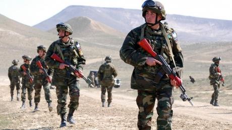 Официально: армия Азербайджана 137 раз атаковала позиции Армении в ответ на 130 провокаций - Минобороны