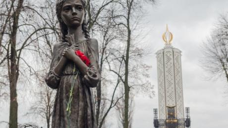 """""""Россия снова пытается убить украинскую идентичность, но она проиграет"""", - Госдеп США"""