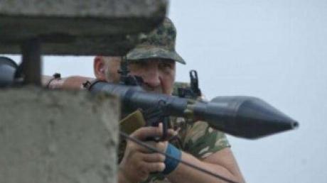 СНБО: Ополченцы обстреливают Донецк с территории железнодорожного вокзала