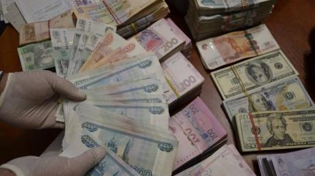 """Мошенники """"отмыли"""" около 12 млн грн для сепаратистов """"ЛДНР"""". СБУ пресекла циничное финансирование терроризма в Сумах – кадры"""