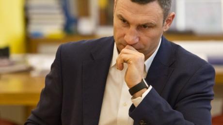"""Кличко пообещал жителям столицы """"устроить пьянству бой"""""""