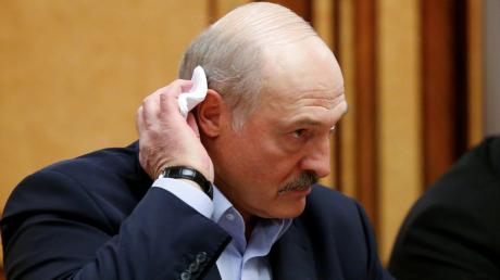 Протесты серьезно ударили по здоровью Лукашенко – Соловей раскрыл диагноз