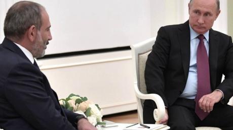 """Пашинян просит """"немедленной"""" помощи у Путина в войне за Карабах - в Кремль направлено официальное письмо"""