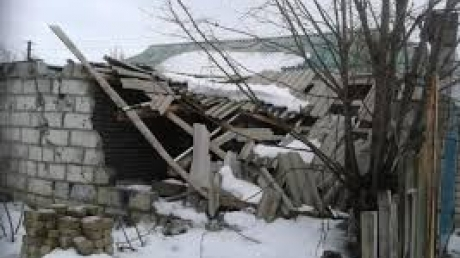 Новотошковку обстреляли в момент раздачи гуманитарной помощи, - ЛОГА