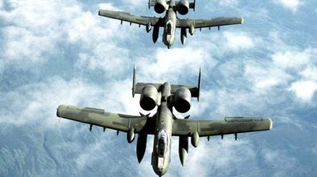 США впервые отправляют в страны  Балтии штурмовики Thunderbolt II