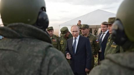 Поддержка на суше и из космоса: Путин раскрыл планы по Сирии