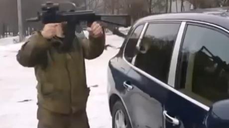Как чеченцы в Донецке Porsche Cayenne угоняли
