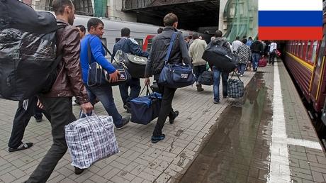 Беженцев с Донбасса начали массово выгонять из России: причина поразила соцсети