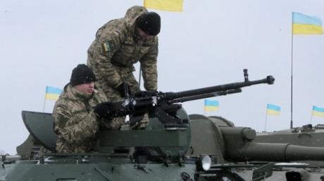 Генштаб: Силам АТО разрешено отвечать на обстрелы боевиков