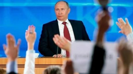 """Соцсети о прямой линии Путина: """"Она не для народа, а для того, чтобы п******я и тщеславная моль раз в году укрепляла свое болезненное самолюбие"""""""