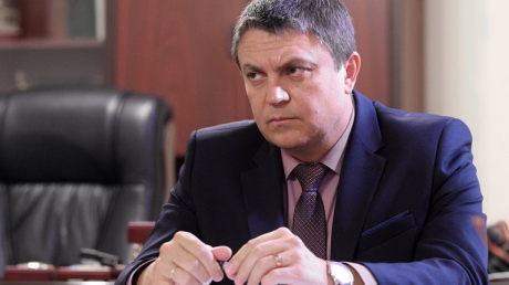 """Место главаря """"ЛНР"""" Пасечника может занять женщина: в Луганске рассказали, кто готовит """"госпереворот"""""""