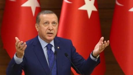 Эрдоган поддержал Азербайджан в конфликте по Карабаху: Мы молимся о победе наших братьев в этих схватках