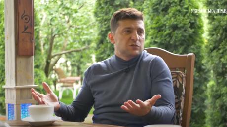"""Зеленский об общении с Коломойским и Ахметовым: """"Со многим не согласны и спорят"""""""
