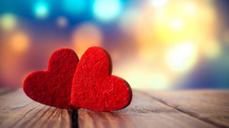 Василиса Володина указала знаки Зодиака, к которым осенью вернется счастье в любви