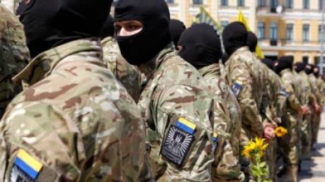 """""""Азов"""": раненых бойцов повезли в Киевскую областную больницу"""