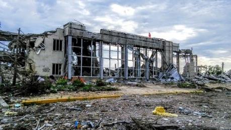 луганск, аэропорт, видео, соцсети, донбасс, лнр, днр, террористы, штурм аэропорта луганска