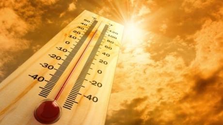 Температура воздуха с июля будет еще выше: в Украину возвращается адская жара