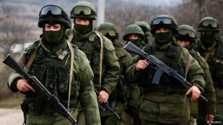"""Люди под дулами автоматов """"дали"""" в Крыму Пуитину 91 процент голосов - подробности"""
