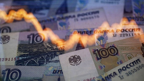 Россиян начали готовить к евро по 100 рублей: ситуация в стране очень сложная - обзор