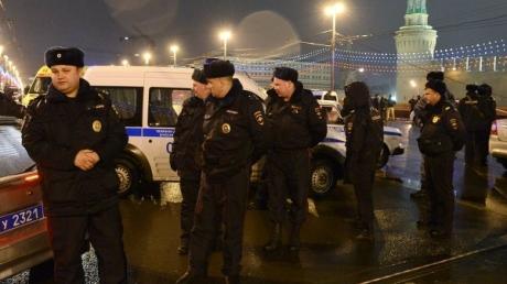 Данные видеонаблюдения с места убийства Немцова переданы правоохранителям