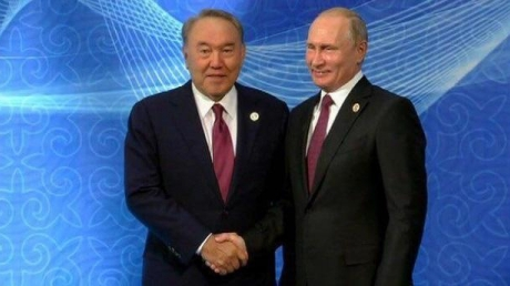 Переобулся на ходу в платформы: пользователи Сети подловили Путина на очередной махинации с ростом