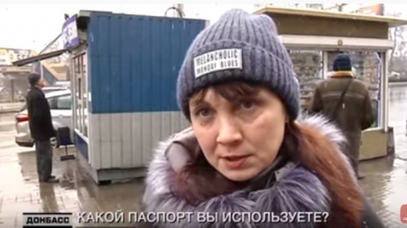 """""""Это даже не обсуждается"""": видео из Донецка, какой паспорт выбирают жители """"ДНР"""""""