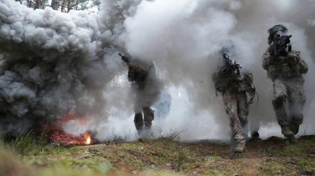Латвия, Россия, военные учения, гибридные угрозы, массовые беспорядки, НАТО, Namejs 2018