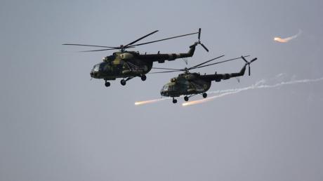 ВСУ громили морской десант в Приазовье: танки и артиллерия начали, а Ми-8 добили врага, - кадры