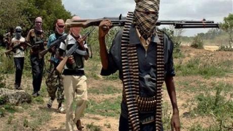 В столице Сомали гремят взрывы и идет штурм министерского отеля