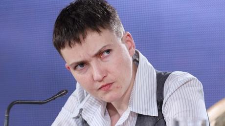 """Скандальная депутатка Савченко выдала очередную провокацию: """"Многие АТОшники все больше и больше становятся похожими на чмошников, за деньги они готовы стать и """"новороссами"""" - кадры"""