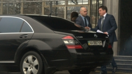 """""""Обновки"""" депутатов: Ляшко купил авто за $110 тыс. долл."""