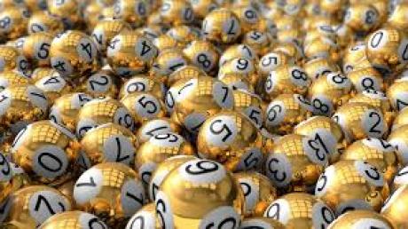 Водитель-миллионер: американец выиграл в лотерею 2 млн долларов