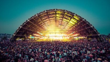 Самый масштабный в мире фестиваль Coachella отменили, что известно