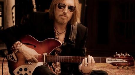 Семья подтвердила смерть легендарного американского рок-музыканта Тома Петти: известные и неизвестные факты из биографии рок-гиганта Америки