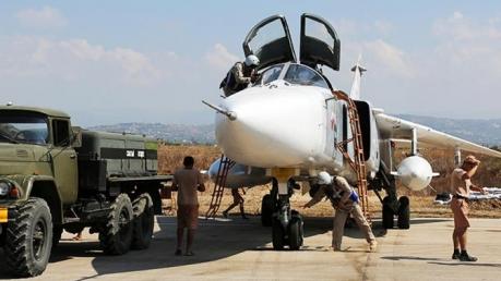 """Официально: из Сирии еще до рассвета """"отступили"""" первые боевые самолеты РФ, среди которых Су-34 и Ту-154"""