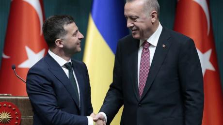 Итог встречи Зеленского и Эрдогана: помощь с НАТО, усиление ВМС и новый формат переговоров